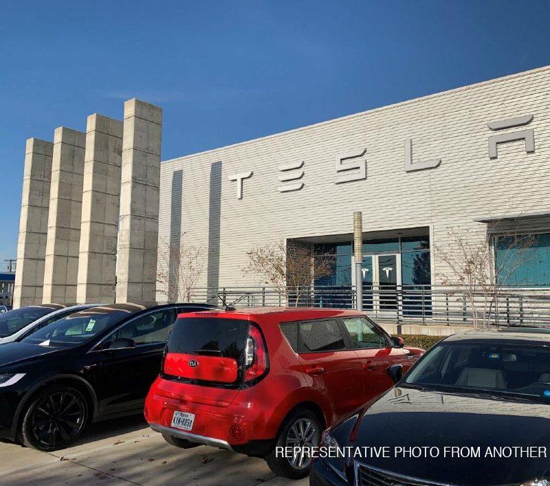 Tesla</a>