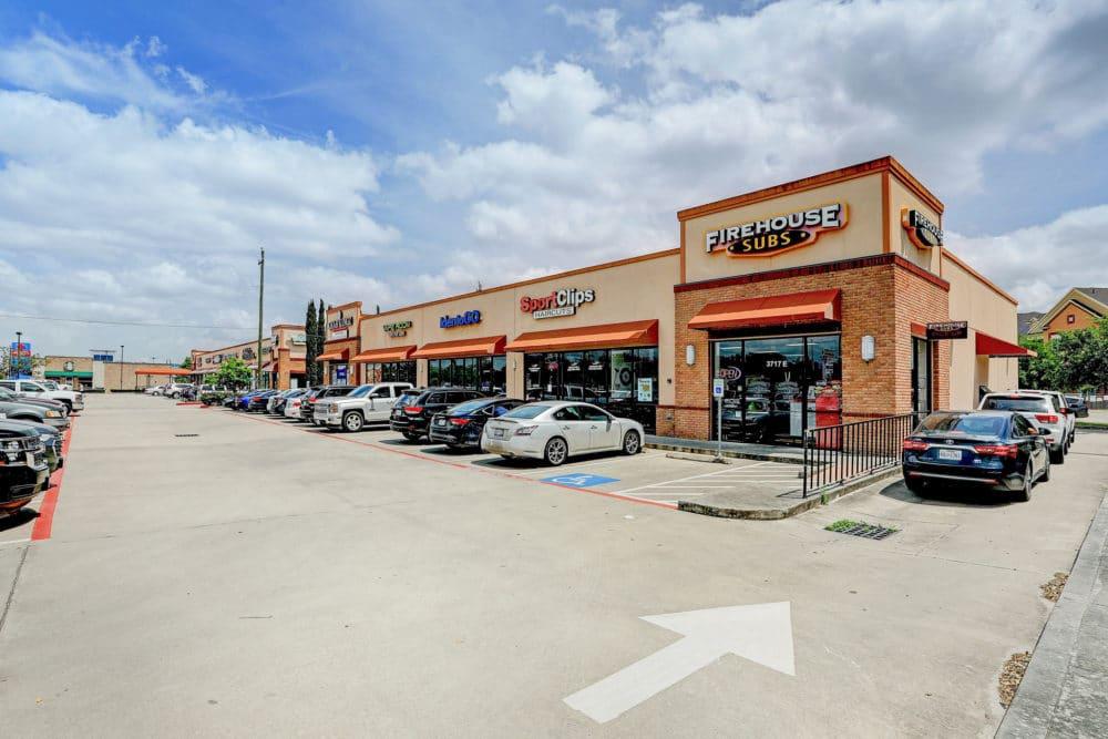 Texas & Georgia Portfolio – Shoppes at Town Square