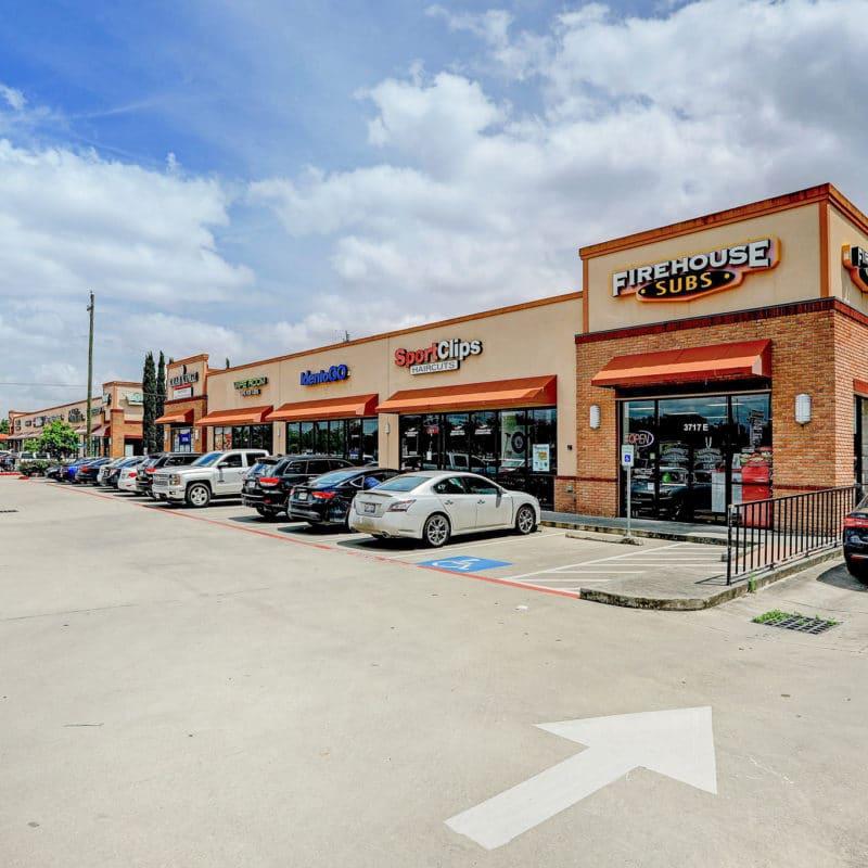 Texas & Georgia Portfolio – Shoppes at Town Square</a>