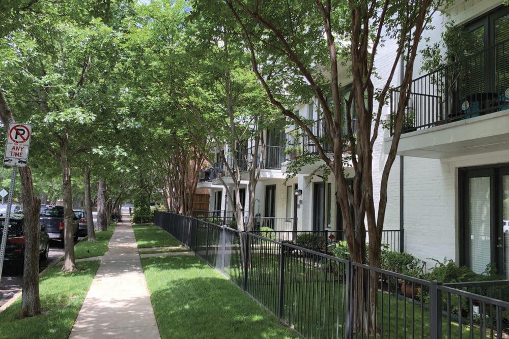 4502 Holland Apartments