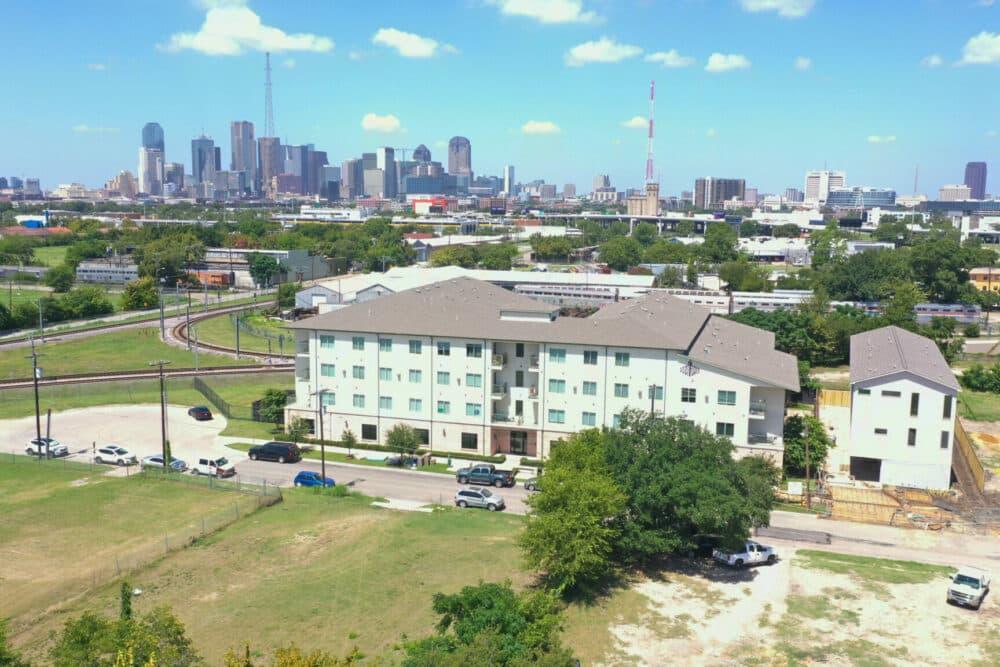 3221 Flats Apartments